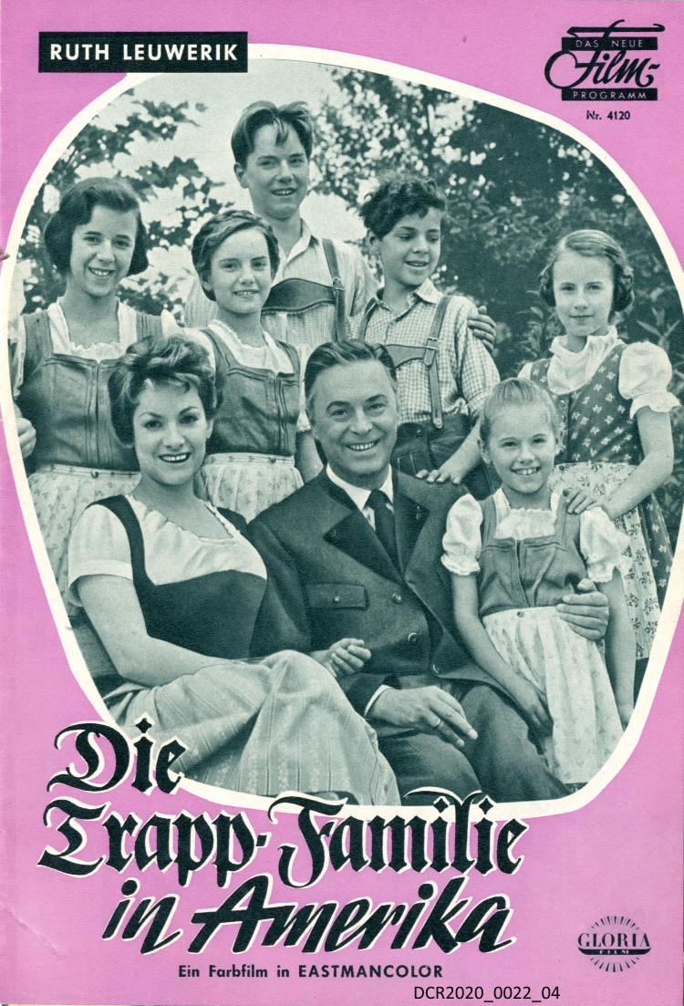 "Filmprogramm, Die Trapp-Familie in Amerika (""dc-r"" docu center ramstein CC BY-NC-SA)"