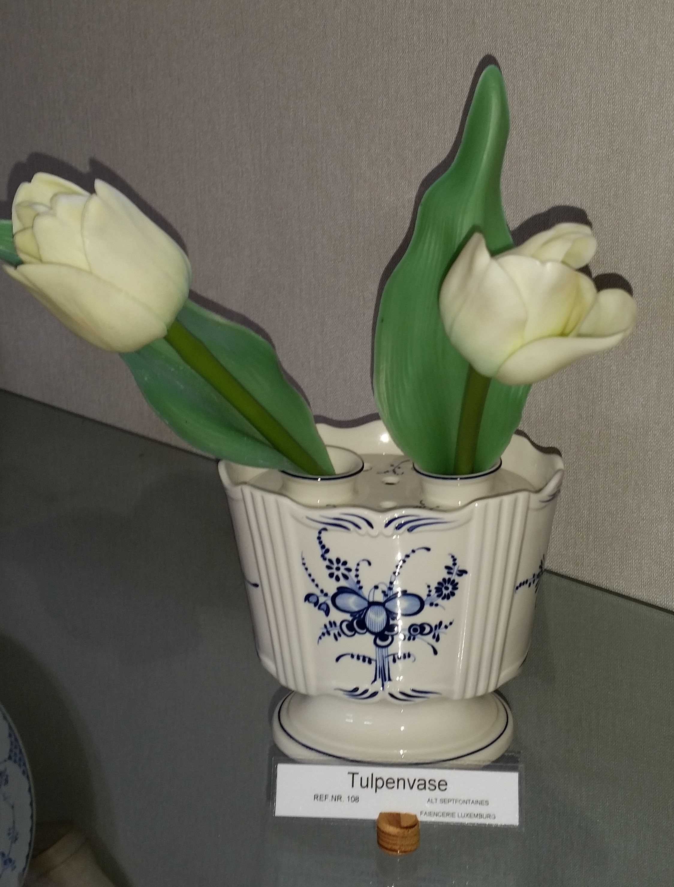 Tulpenvase, Villeroy&Boch (Museum der Stadt Bad Bergzabern CC BY-NC-SA)