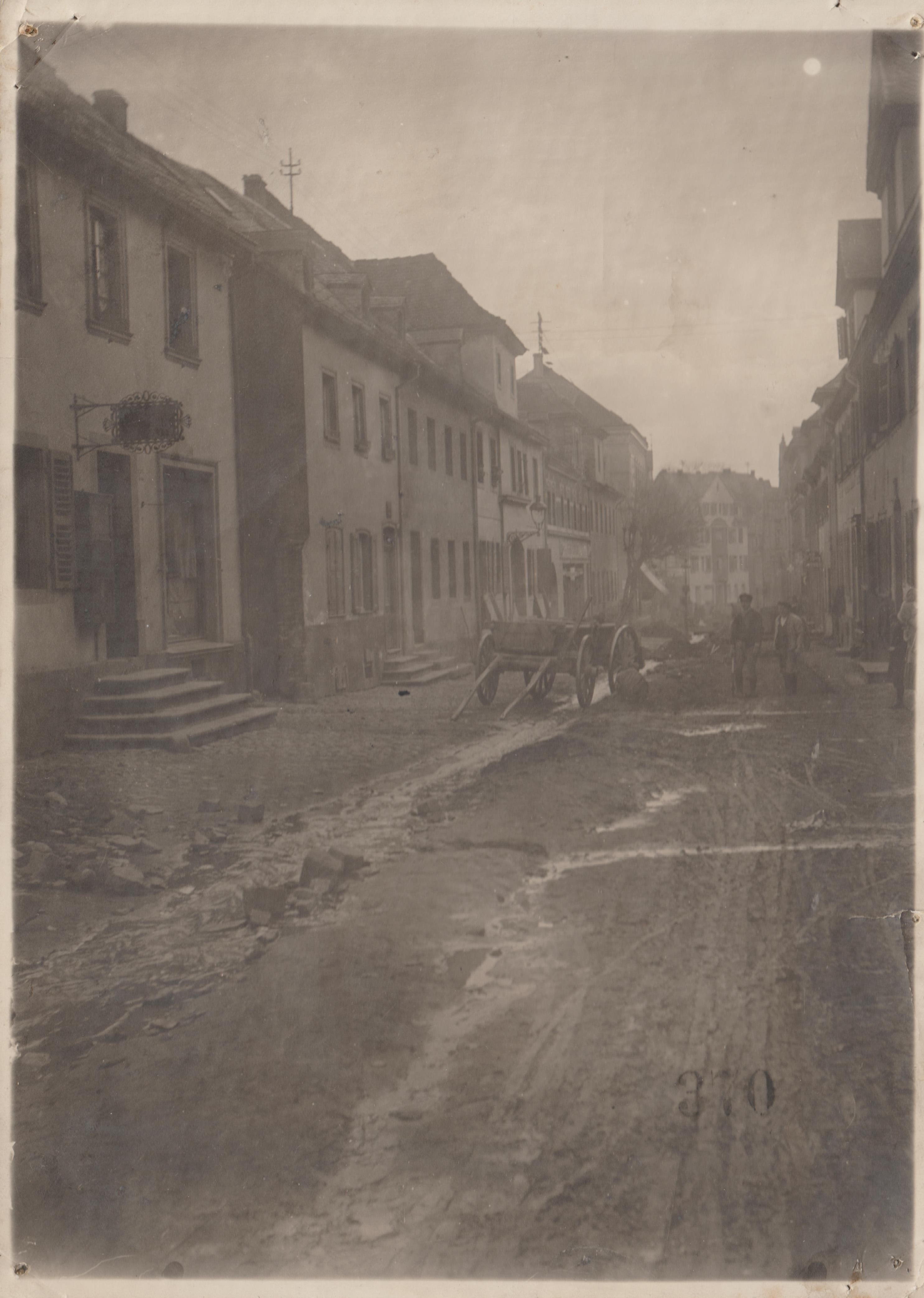 Obere Bachstrasse in Bendorf, Kanalisierung 1927 (REM CC BY-NC-SA)