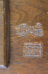 """Fernsprecher Klappenschrank ZB 13  Provenance/Rights:  Rainer Blazejewicz (CC BY-NC-SA)"